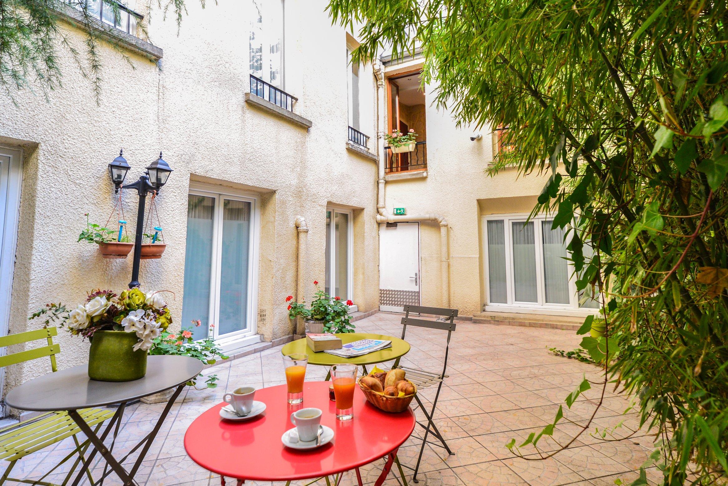 petit-dejeuner-hotel-montmartre (1)